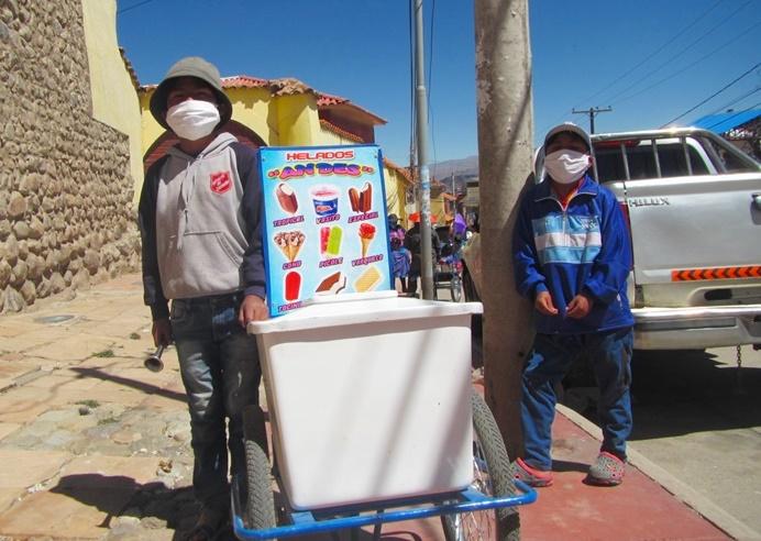 Bolivia: NNA  trabajadores dan su voto de opinión en las elecciones
